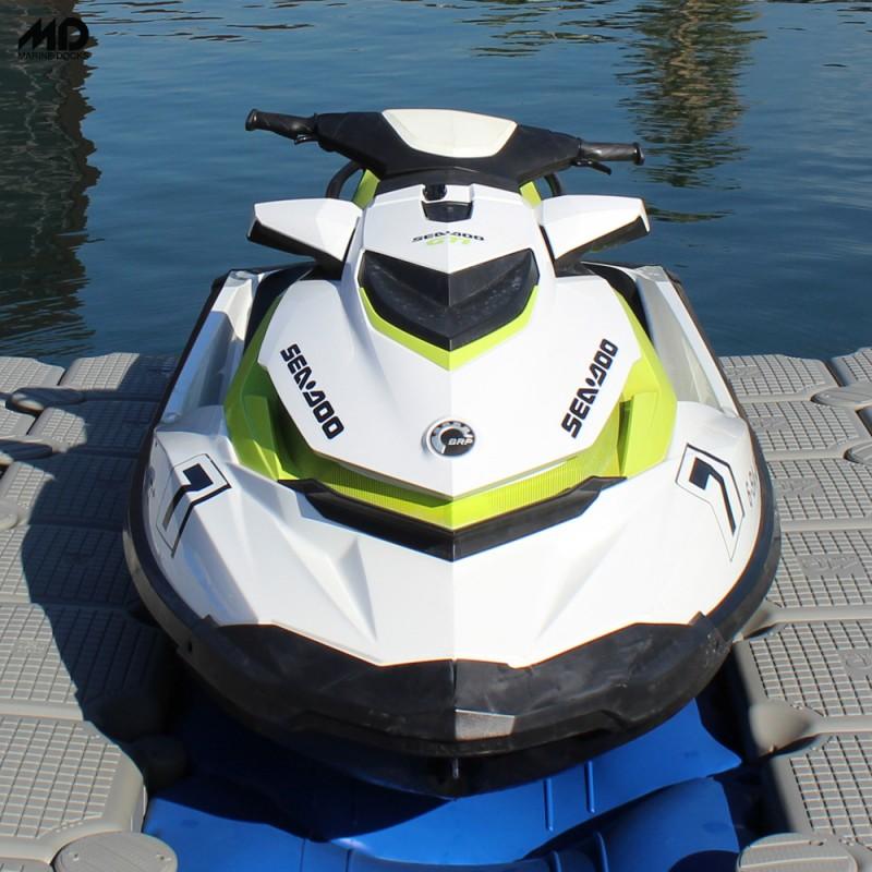 plataforma de moto de agua