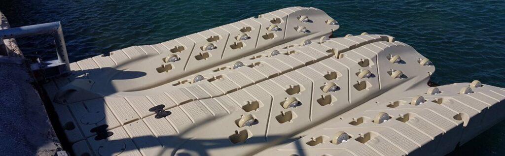 plataformas para motos de agua
